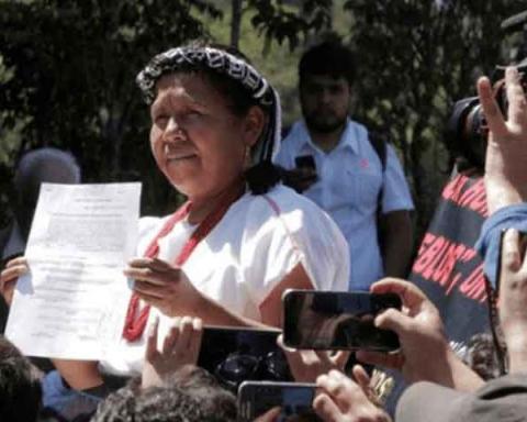 marichuy-se-registra-como-candidata-independiente-a-la-presidencia